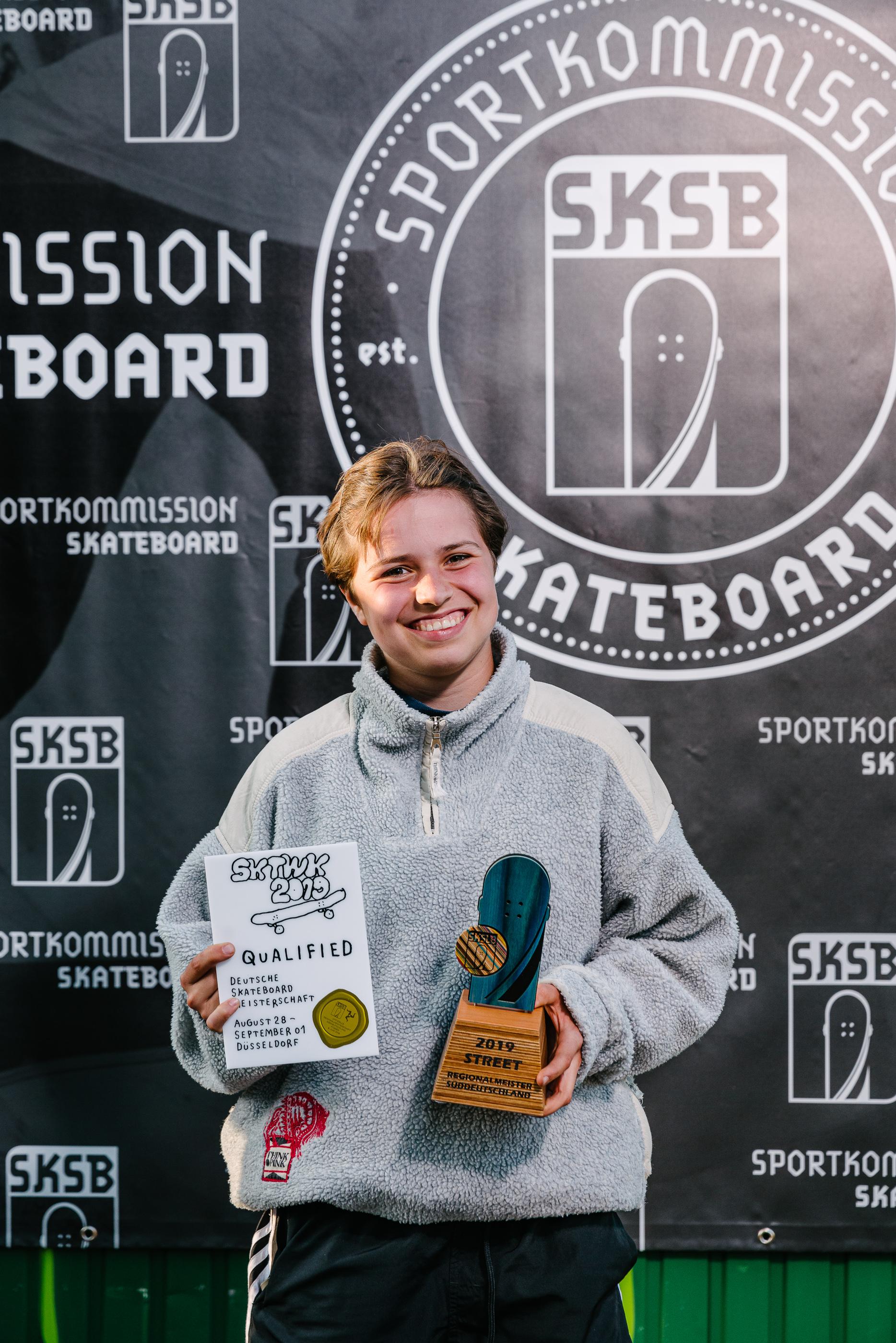1. Platz und somit Offizielle Süddeutsche Meisterin: Rosa Altmann (Stuttgarter Skateboard Verein e. V.) Foto: simontoplak.com